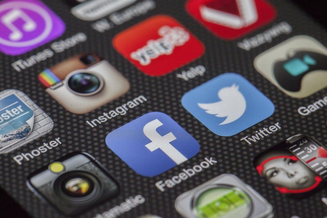 Twitter Facebook Together Exchange Of Information 147413
